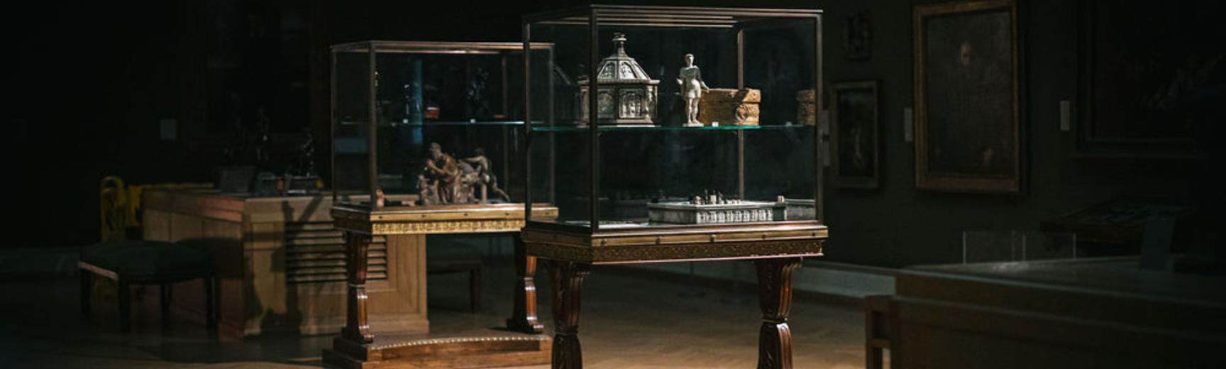 Ashmolean galleries in the dark