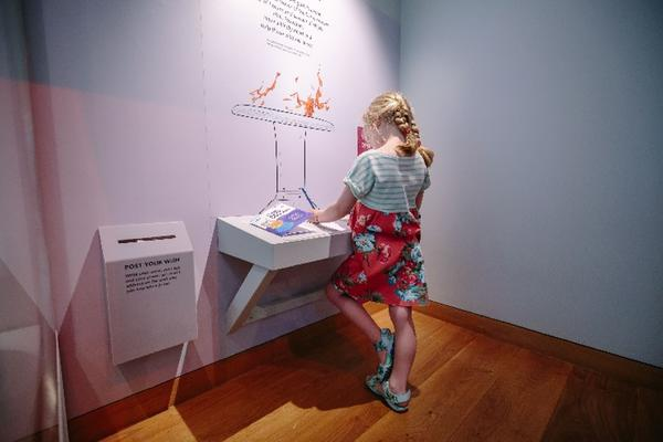Storms, wars and shipwrecks, interactive display
