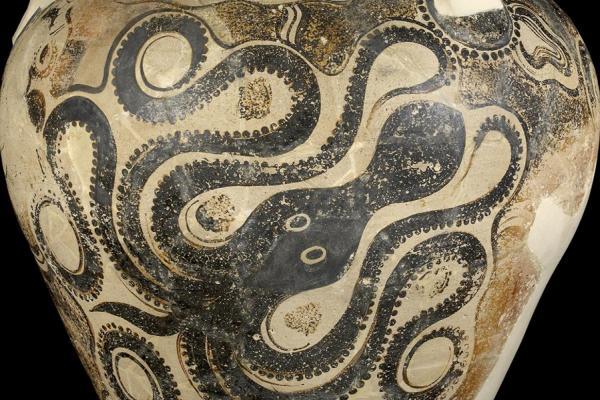 Storage jar (pithos) with octopus design, Crete, 1450-1400 BC