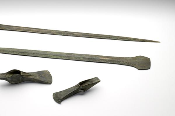 an 1927 2571 4 hoard of bronze weapons