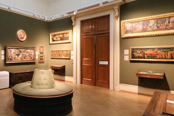 EARLY ITALIAN ART Gallery at the Ashmolean Museum