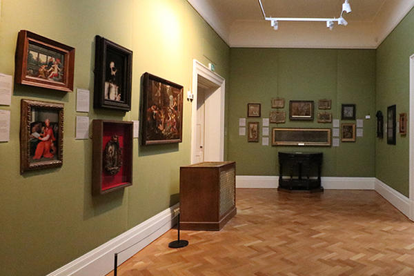 Gallery with paintings on the walls